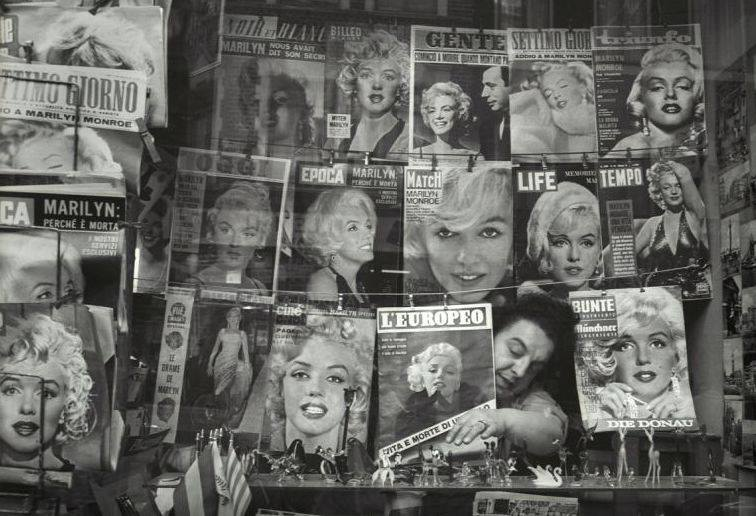 Magazines covering Marilyn's death in August 1962.